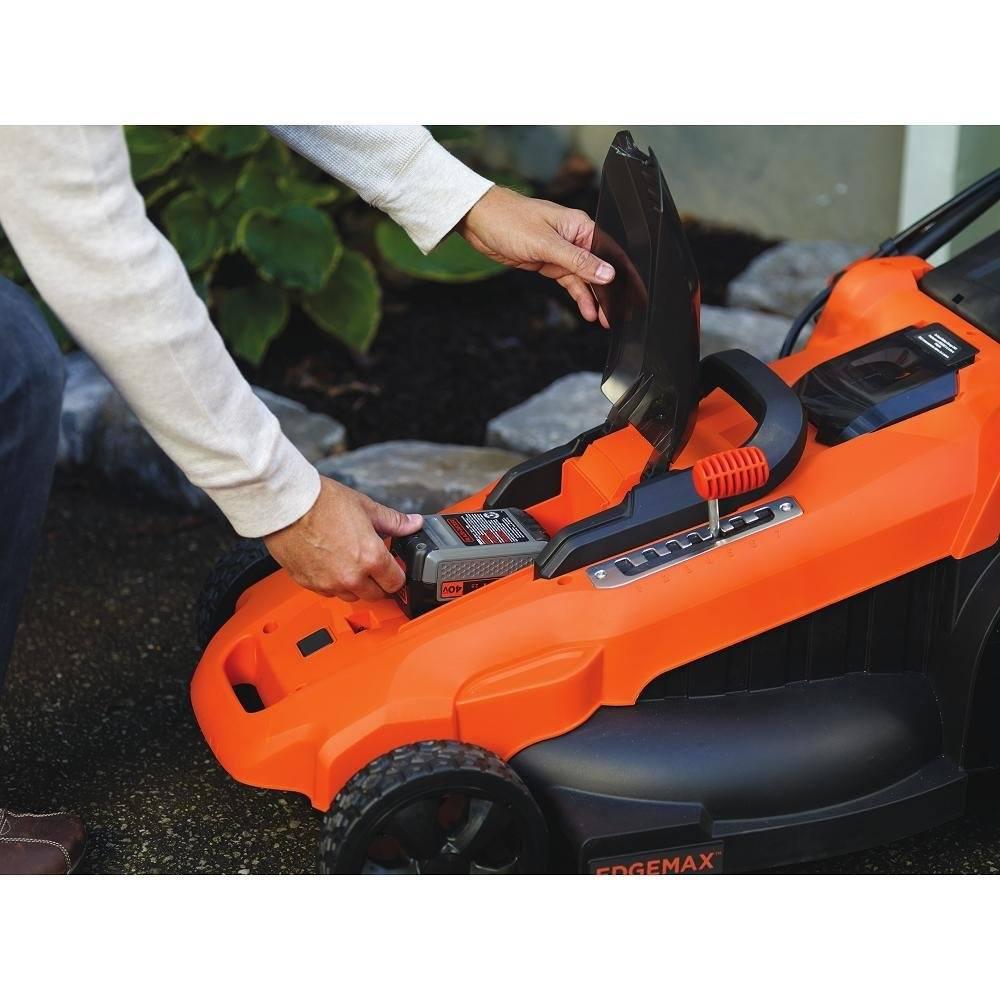 Black & Decker battery powered lawn Mower