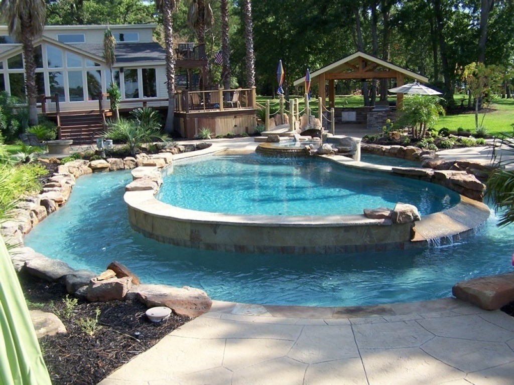 20 amazing backyard pool designs for Backyard inground pool ideas